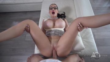 Aletta Ocean - Meet The Psychologist